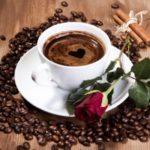 Чи можна пити каву при панкреатиті: особливості раціону пацієнтів з хворобою панкреатичної